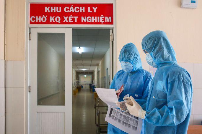 Hình ảnh: Tối 29/4 Bộ Y tế ghi nhận 45 ca nhiễm COVID - 19, virus SARS-CoV-2 từ Ấn Độ đã có mặt tại Việt Nam số 1