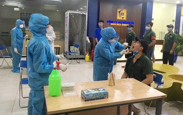 Hình ảnh: Tối 26/6, Việt Nam có thêm 123 ca mắc COVID-19, trong đó TP Hồ Chí Minh có tới 58 ca số 1