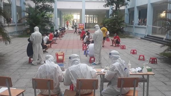 Hình ảnh: Trưa 26/6, Việt Nam có 37 ca mắc mới COVID-19 số 1