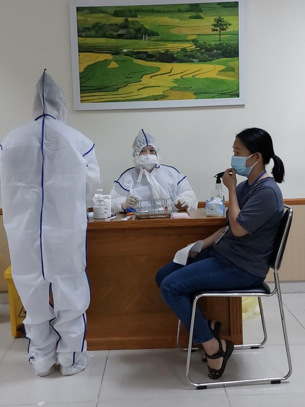 Hình ảnh: Tối 26/6, Việt Nam có thêm 123 ca mắc COVID-19, trong đó TP Hồ Chí Minh có tới 58 ca số 2