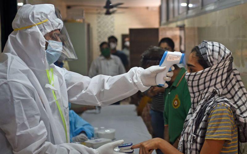 Hình ảnh: Chiều 27/4, Việt Nam thêm 5 ca nhiễm mới, toàn thế giới hơn 148,48 triệu ca nhiễm COVID – 19 số 4