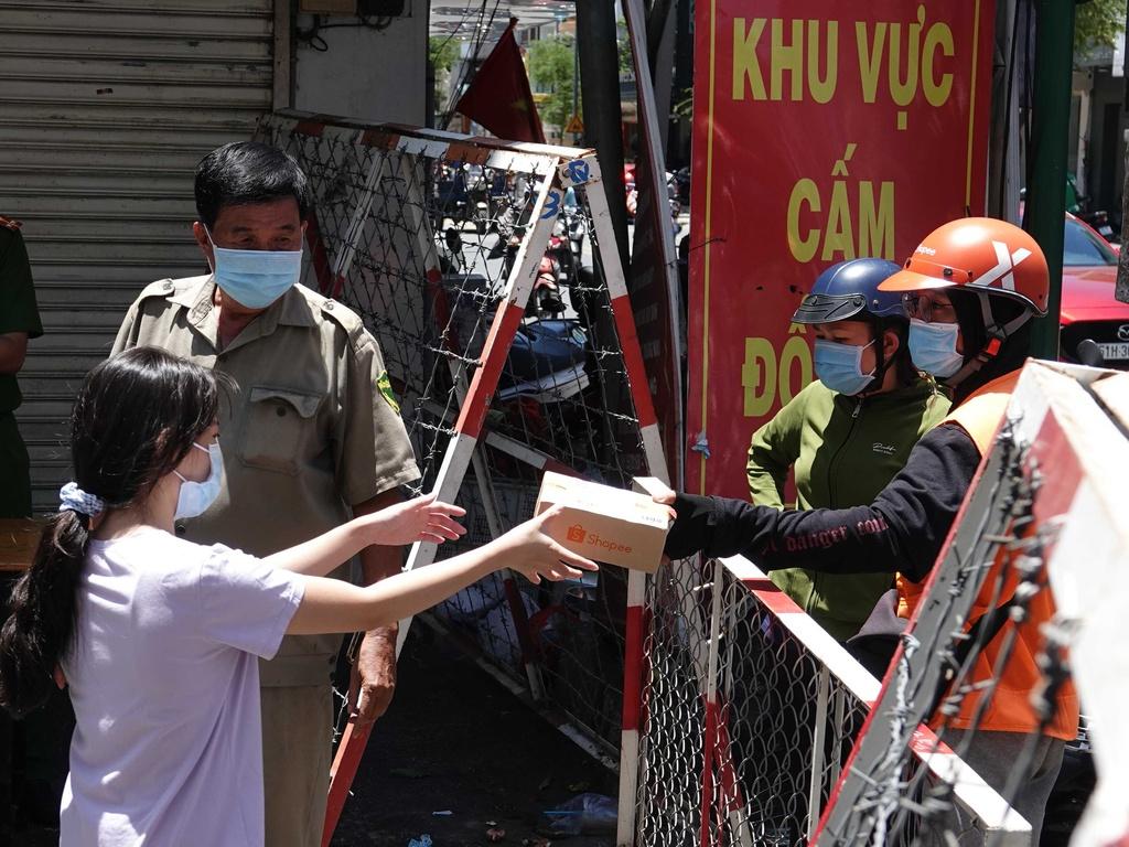 Hình ảnh: TP.HCM: UBND huyện Hóc Môn thông báo Khẩn tìm người tới 12 địa điểm liên quan ca mắc COVID - 19 số 1