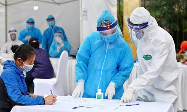 Hình ảnh: Tối 20/7, Việt Nam ghi nhận 2.640 ca nhiễm mới Covid-19, tại TP.HCM có 1.803 ca số 1