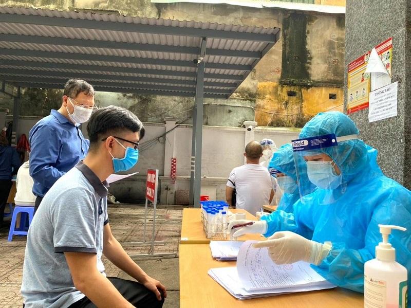 Hình ảnh: Tối 22/7, Việt Nam ghi nhận thêm 3.227 ca mắc mới COVID-19, trong đó TP.HCM có 1.785 ca số 2