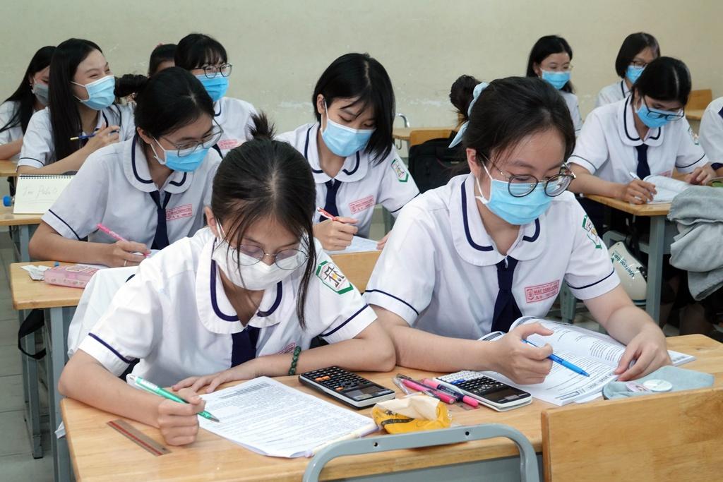 Hình ảnh: Các địa phương xem xét không thu học phí khi thiên tai, dịch bệnh số 2