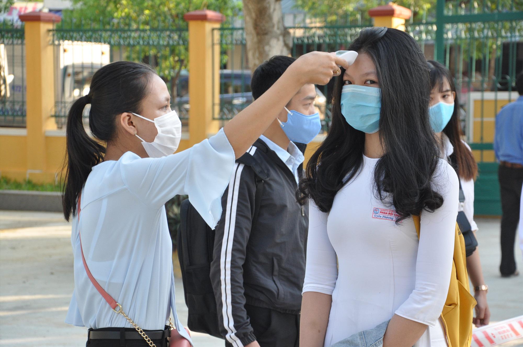 Hình ảnh: Các địa phương xem xét không thu học phí khi thiên tai, dịch bệnh số 1