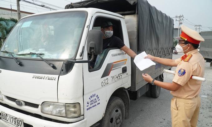Hình ảnh: Bộ GTVT: Đề nghị tạo điều kiện thuận lợi tốt nhất cho người dân và doanh nghiệp vận chuyển, lưu thông hàng hóa số 1
